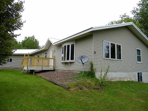 Photo of N817 Twin Knolls DR, FORT ATKINSON, WI 53538 (MLS # 1540427)