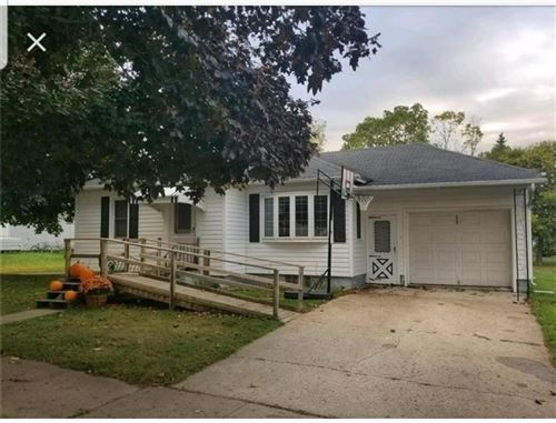Photo of 3522 S 48th St, GREENFIELD, WI 53220 (MLS # 1540429)