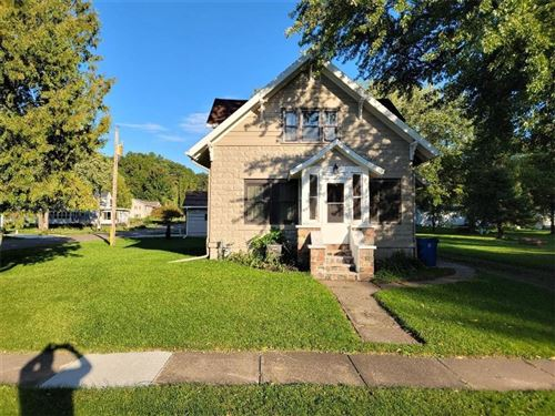 Photo of 2108 N 106TH ST, WAUWATOSA, WI 53226 (MLS # 1558429)