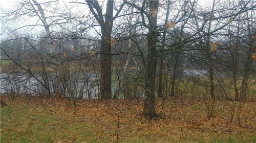Photo of 125 N 123rd St, WAUWATOSA, WI 53226 (MLS # 1541438)