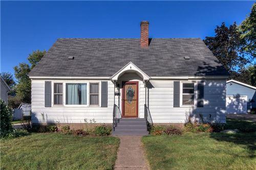 Photo of 109 W ROCKWELL ST, ELKHORN, WI 53121 (MLS # 1558438)