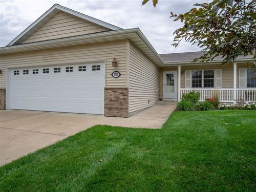 Photo of 6122 THORNCREST DR, GREENDALE, WI 53129 (MLS # 1558440)