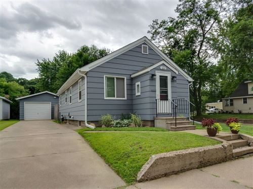 Photo of 6810 S 34th St, FRANKLIN, WI 53132 (MLS # 1545442)