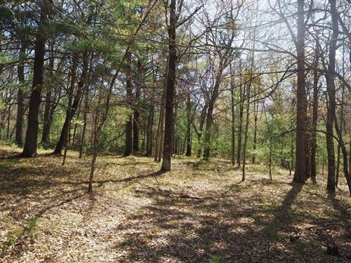 Photo of N62W23463 SILVER SPRING DR, SUSSEX, WI 53089 (MLS # 1553444)