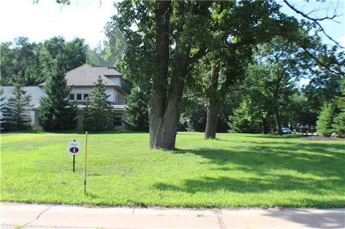 Photo of 1845 SUNSET DR, TWIN LAKES, WI 53181 (MLS # 1551445)