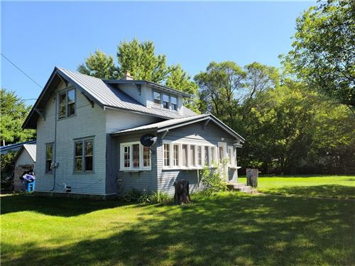 Photo of 5886 E Waterford Rd, HARTFORD, WI 53027 (MLS # 1545460)