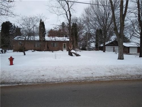 Photo of 5341 Somerset Ln S, GREENFIELD, WI 53221 (MLS # 1539474)