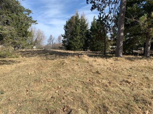 Photo of 2722 BARTELS DR, MOUNT PLEASANT, WI 53406 (MLS # 1549504)