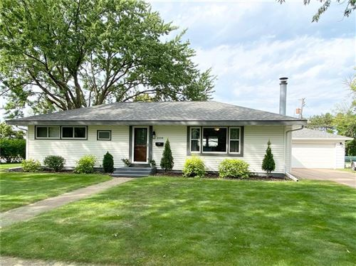 Photo of 605 PLEASANT VIEW ST, WAUWATOSA, WI 53226 (MLS # 1558508)