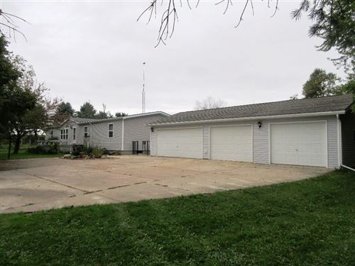 Photo of 410 W Court St, ELKHORN, WI 53121 (MLS # 1536528)