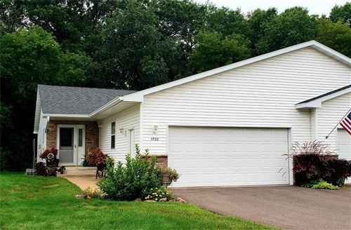 Photo of S77W18774 LIONS PARK DR, MUSKEGO, WI 53150 (MLS # 1557554)