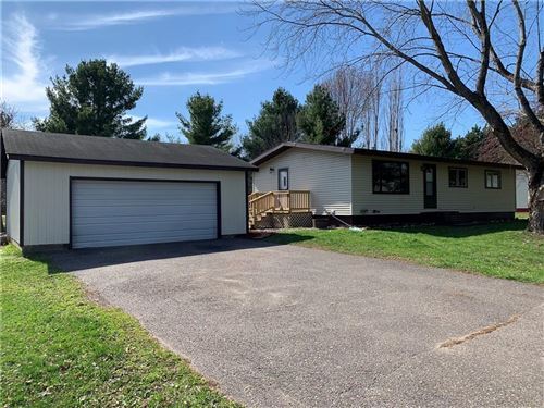 Photo of 5665 S Meadow Park Dr, HALES CORNERS, WI 53130 (MLS # 1540557)