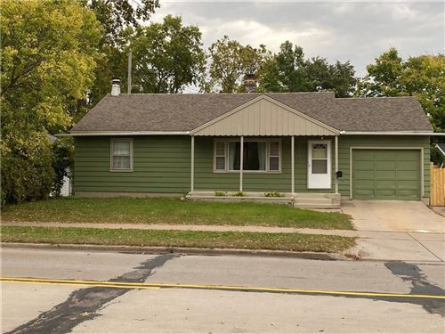 Photo of 1512 S 92ND ST, WEST ALLIS, WI 53214 (MLS # 1558567)