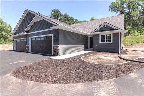 Photo of 1027 LINCOLN DRIVE W, WEST BEND, WI 53095 (MLS # 1551573)