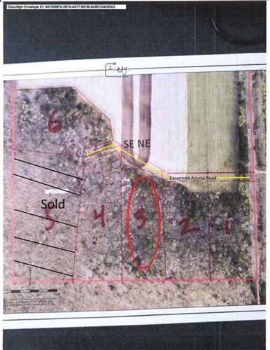 Photo of 6439 SAINT PATRICK LN, HARTFORD, WI 53027 (MLS # 1549575)