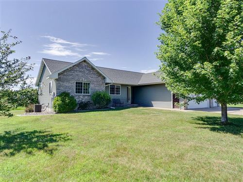 Photo of 204 Field Dr, EAGLE, WI 53119 (MLS # 1544582)