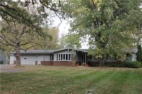 Photo of 5521 N SANTA MONICA BLVD, WHITEFISH BAY, WI 53217 (MLS # 1547586)
