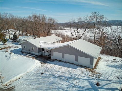 Photo of 3006 W Mallory Ave, GREENFIELD, WI 53221 (MLS # 1539592)