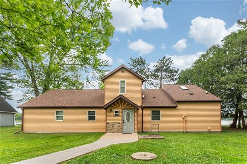 Photo of 8731 RACINE AVE, WATERFORD, WI 53185 (MLS # 1553597)