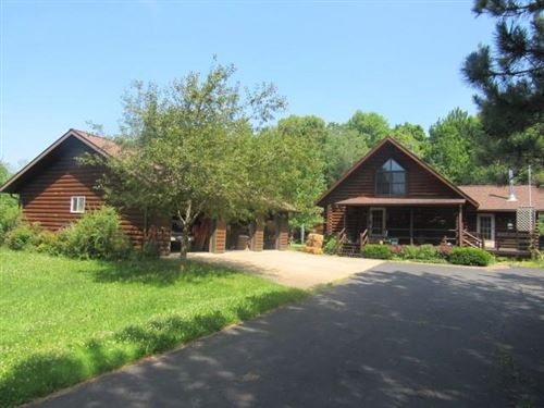 Photo of 9875 S 76TH ST, FRANKLIN, WI 53132 (MLS # 1555598)