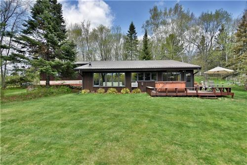 Photo of 7420 N Bell Rd, FOX POINT, WI 53217 (MLS # 1531629)