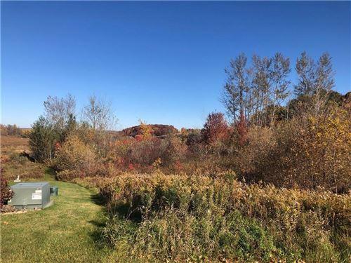 Photo of 1220 ANGELA CT, WEST BEND, WI 53090 (MLS # 1550634)