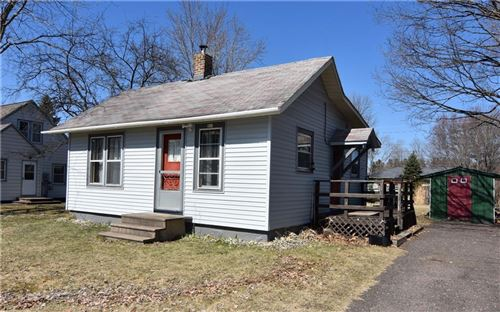 Photo of 2458 S HOWELL AVE, MILWAUKEE, WI 53207 (MLS # 1551643)