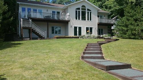 Photo of 12625 W Peck Pl, BUTLER, WI 53007 (MLS # 1535646)