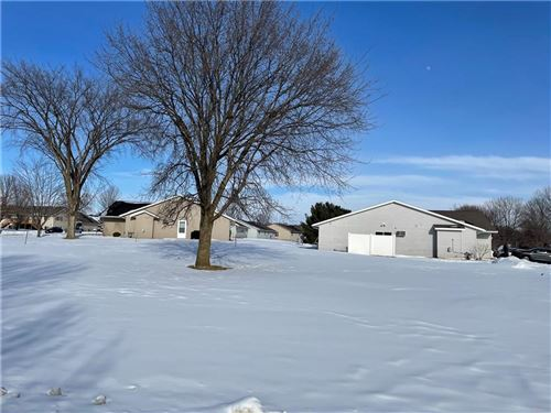 Photo of 5718 N ARGYLE AVE, GLENDALE, WI 53209 (MLS # 1550651)