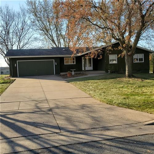 Photo of 3545 W Mangold Ave, GREENFIELD, WI 53221 (MLS # 1548670)