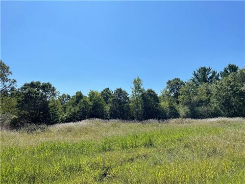 Photo of 1119 AUTUMN DR, WEST BEND, WI 53090 (MLS # 1557675)