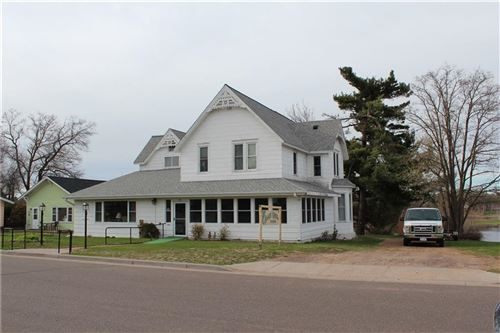Photo of 624 WISCONSIN AVE, TWIN LAKES, WI 53181 (MLS # 1549716)