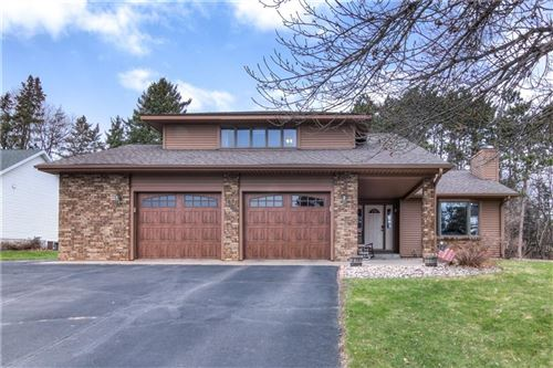 Photo of 2923 S 47th St, MILWAUKEE, WI 53219 (MLS # 1541745)