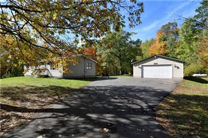Photo of 3862 S Oakbrook Dr, GREENFIELD, WI 53228 (MLS # 1536749)