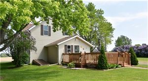 Photo of N163W19819 Riverview DR, JACKSON, WI 53037 (MLS # 1531754)