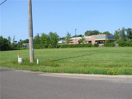 Photo of 222 PARK ST, ELKHORN, WI 53121 (MLS # 1555786)