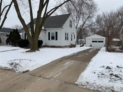 Photo of 9460 N SPRUCE RD, RIVER HILLS, WI 53217 (MLS # 1549797)