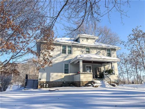 Photo of 3251 S 35th St, MILWAUKEE, WI 53215 (MLS # 1536815)