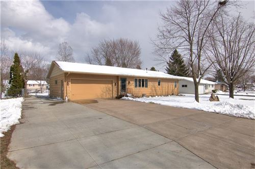 Photo of W806 Shorewood Dr, EAST TROY, WI 53120 (MLS # 1540832)