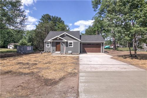 Photo of 1652 NEW PORT VISTA DR, GRAFTON, WI 53024 (MLS # 1554836)