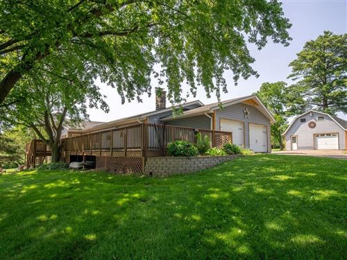 Photo of 401 DOWNING DR, WAUKESHA, WI 53186 (MLS # 1555842)