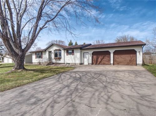 Photo of 638 N 68th St, WAUWATOSA, WI 53213 (MLS # 1540844)