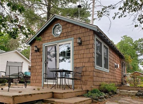 Photo of 5145 COACHLAMP DR, MOUNT PLEASANT, WI 53406 (MLS # 1554856)