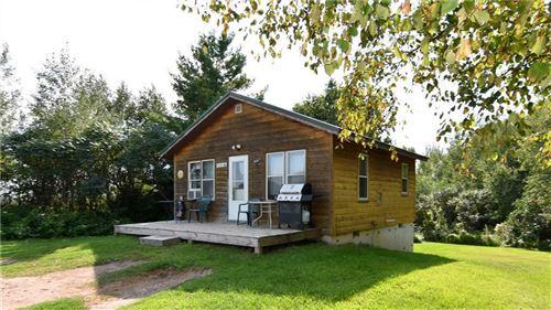 Photo of 7846 N Lake Dr, FOX POINT, WI 53217 (MLS # 1545875)