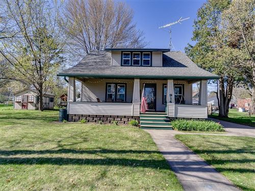 Photo of 13156 N Shoreland Dr., MEQUON, WI 53097 (MLS # 1541890)