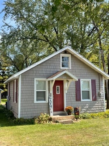 Photo of 12353 W WATERFORD AVE, GREENFIELD, WI 53228 (MLS # 1558897)