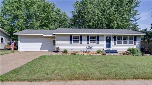 Photo of W359S2706 State Road 67, DOUSMAN, WI 53118 (MLS # 1545900)