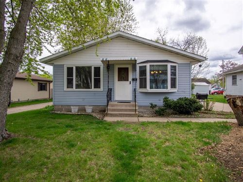 Photo of 3916 N OAKLAND AVE #120, SHOREWOOD, WI 53211 (MLS # 1552938)