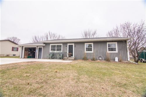 Photo of 1404 18th AVE, SOUTH MILWAUKEE, WI 53172 (MLS # 1537942)
