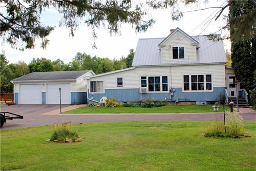 Photo of 309 Indian Point Rd, TWIN LAKES, WI 53181 (MLS # 1535975)